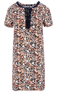 Платье со шнуровкой La Reine Blanche