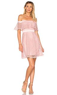 Кружевное платье с открытыми плечами - Bardot