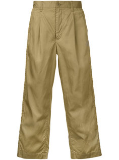 wide-legged cropped trousers En Route