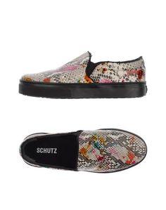 Низкие кеды и кроссовки Schutz