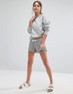 Контрастные шорты для бега New Look - Серый