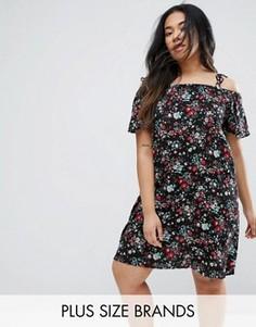 Платье с цветочным принтом и вырезами на плечах Yumi Plus - Черный