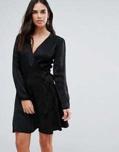 Жаккардовое платье с запахом и анималистическим принтом Liqourish - Черный Liquorish