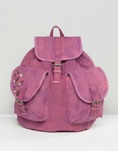 Большой парусиновый рюкзак с эффектом кислотной стирки и заклепками ASOS - Розовый