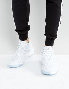 Белые кроссовки Nike Jordan B. Fly 881444-100 - Белый