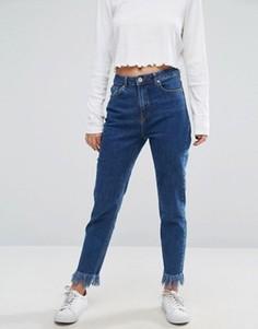 Укороченные джинсы слим с необработанными краями Missguided - Синий