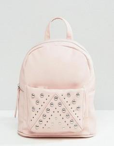 Маленький рюкзак с заклепками ASOS - Розовый