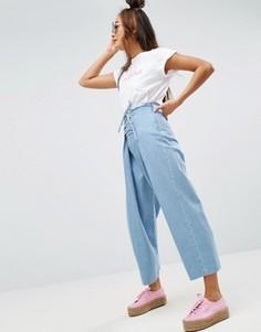 Джинсы с широкими штанинами и шнуровкой ASOS - Синий