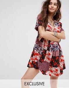 Свободное платье с принтом в стиле пэтчворк Reclaimed Vintage Inspired - Красный