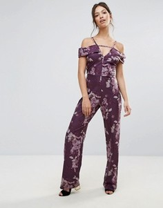 Комбинезон с открытыми плечами и цветочным принтом Hope & Ivy - Фиолетовый