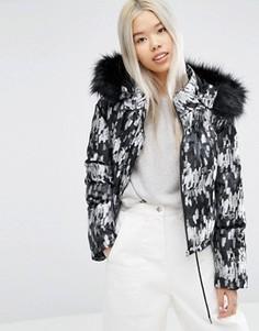 Укороченная дутая куртка с меховой отделкой на капюшоне ASOS WHITE - Мульти