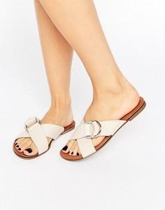 Кожаные сандалии кремового цвета Vagabond Tia - Кремовый