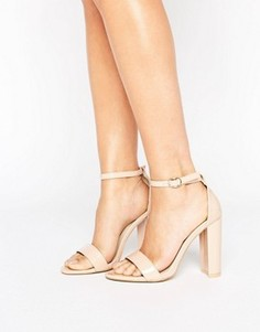 Телесные лакированные босоножки на каблуке Glamorous - Бежевый