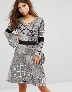 Свободное платье со шнуровкой и принтом пейсли Rock & Religion - Мульти