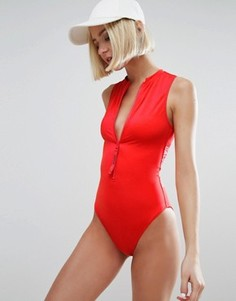 2585eb27a3b0 Слитный купальник Calvin Klein - Красный
