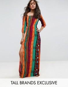 Платье макси с открытыми плечами, разрезом и ацтекским принтом Glamorous Tall - Мульти