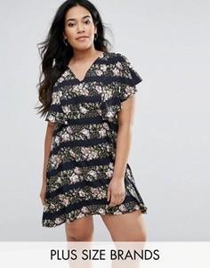 Платье-накидка в полоску с цветочным принтом Yumi Plus - Темно-синий