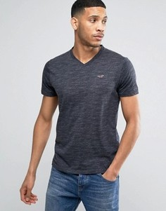 Черная узкая футболка с вышивкой логотипа и V-образным вырезом Hollister - Черный