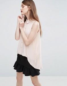 Блузка без рукавов с асимметричным краем и накладкой ASOS - Розовый