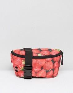 Сумка-кошелек на пояс с принтом клубники Mi Pac - Красный