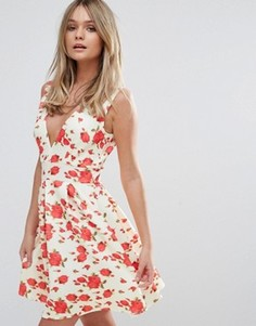 Короткое приталенное платье с глубоким V-образным вырезом Oh My Love - Розовый