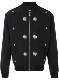 куртка-бомбер с заклепками со львами Versus