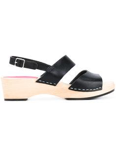 бсооножки на массивных каблуках Swedish Hasbeens