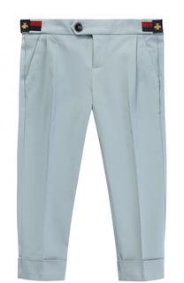 Хлопковые брюки чинос с нашивками и эластичной вставкой на поясе Gucci