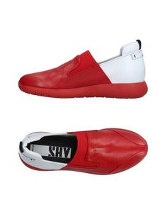 Низкие кеды и кроссовки SHY BY Arvid Yuki