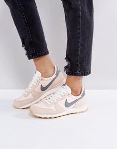 Персиковые кроссовки Nike Internationalist - Мульти