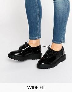 Лакированные броги на платформе для широкой стопы New Look - Черный