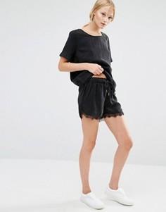 Шорты с кружевной отделкой Just Female Quil - Черный