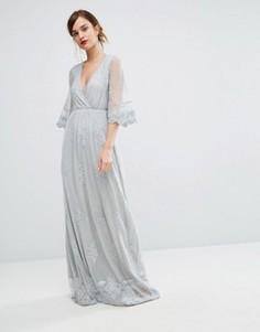 Платье макси с вышивкой и запахом спереди Club L - Серый