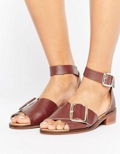 Кожаные сандалии на плоской подошве с пряжкой H by Hudson - Красный