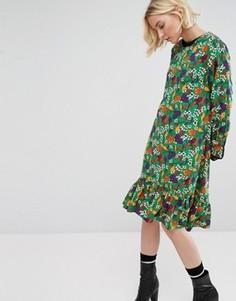 Свободное платье миди с асимметричным краем и цветочным принтом STYLENANDA - Зеленый