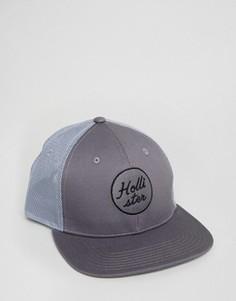 Серая кепка с логотипом Hollister Trucker - Серый