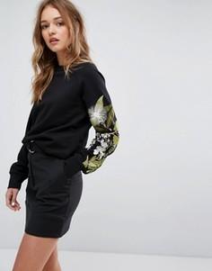 Свитшот с цветочной вышивкой на рукаве Weekday - Черный