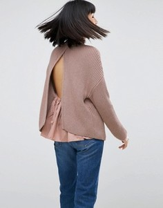 Вязаный джемпер с открытой спиной и тканой вставкой ASOS - Розовый