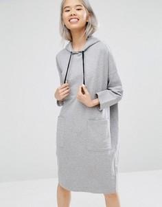 Трикотажное платье с капюшоном Monki - Серый