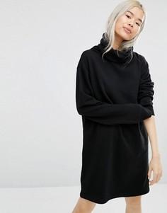 Свободное платье с высоким воротом Weekday - Черный