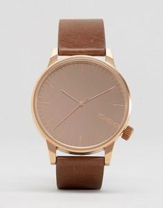 Часы с коричневым кожаным ремешком и зеркальным циферблатом Komono Winston - Коричневый