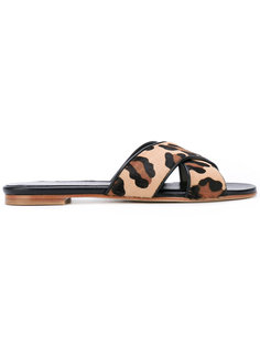 леопардовые сандалии Stuart Weitzman