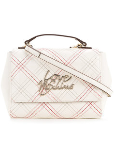 сумка на плечо с простроченным логотипом Love Moschino