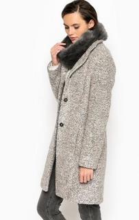 Пальто с шарфом из искусственного меха More & More