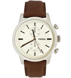 Часы круглой формы с кожаным браслетом Fossil