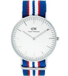 Часы округлой формы со съемным текстильным ремешком Daniel Wellington