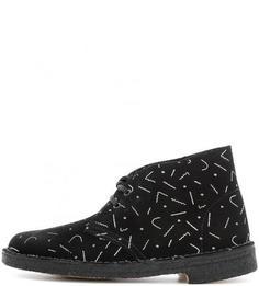 Демисезонные замшевые ботинки Clarks