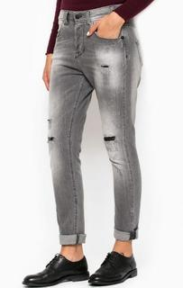 Серые рваные джинсы бойфренды MET
