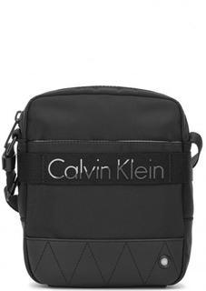 Маленькая сумка с широким плечевым ремнем Calvin Klein Jeans