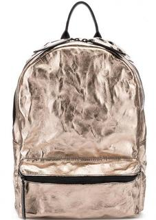 Вместительный кожаный рюкзак с металлическим декором Io Pelle